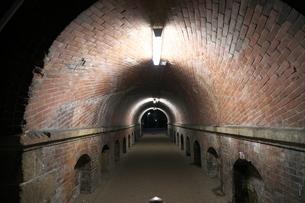粟田口隧道 ねじりまんぽの写真素材 [FYI04105848]