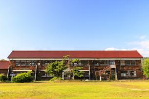 岩月夢想館(旧岩月中学校)の写真素材 [FYI04106256]