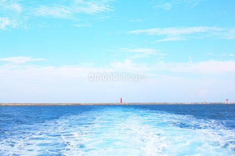 青と灯台の写真素材 [FYI04106615]