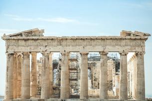 ドーリア式石柱構造のパルテノン神殿の写真素材 [FYI04107186]
