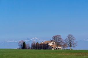スイス、ジュネーブ近郊の田園風景の写真素材 [FYI04107704]