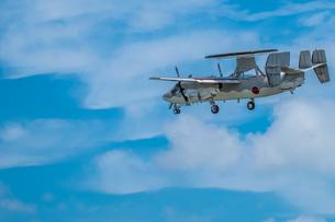 E-2C早期警戒機の写真素材 [FYI04107992]