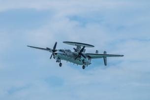 E-2C早期警戒機の写真素材 [FYI04107994]