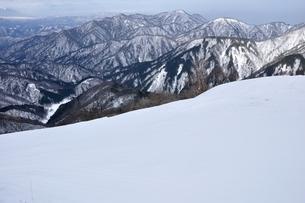 厳冬の丹沢山地の写真素材 [FYI04109843]