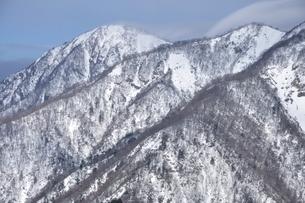 厳冬の蛭ヶ岳展望の写真素材 [FYI04109853]