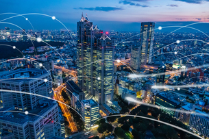 5G-第5世代移動通信システムと東京の写真素材 [FYI04109955]