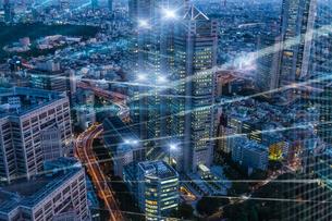 5G-第5世代移動通信システムと東京の写真素材 [FYI04109968]