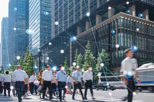 5G-第5世代移動通信システムと東京の写真素材 [FYI04110008]