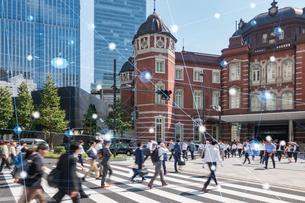 5G-第5世代移動通信システムと東京の写真素材 [FYI04110018]