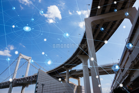 5G-第5世代移動通信システムと東京の写真素材 [FYI04110073]