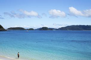 海と砂浜と空の写真素材 [FYI04110129]
