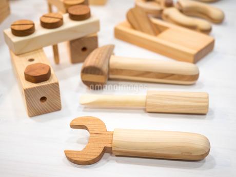 木製のおもちゃの写真素材 [FYI04111076]