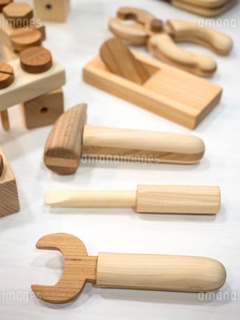 木製のおもちゃの写真素材 [FYI04111077]