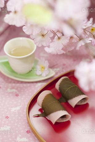 桜餅の写真素材 [FYI04111329]