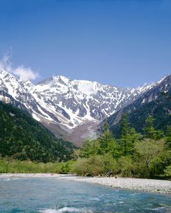 上高地 穂高連峰と梓川の写真素材 [FYI04111529]