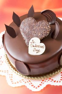 バレンタインのチョコレートケーキの写真素材 [FYI04113184]