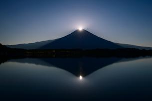 田貫湖よりパール富士の写真素材 [FYI04113667]