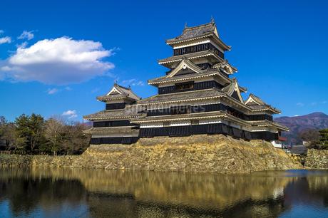 信州 長野県松本市 国宝松本城の写真素材 [FYI04114422]