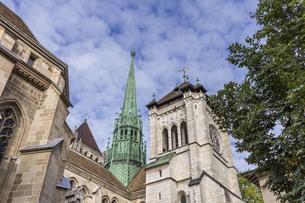 スイス、ジュネーブ旧市街、サン・ピエール大聖堂の写真素材 [FYI04114863]