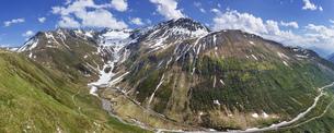 スイス、フルカ峠のパノラマ風景の写真素材 [FYI04115002]