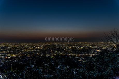 信貴山から見る大阪の夜景の写真素材 [FYI04115492]