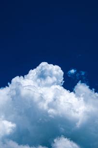 積乱雲の写真素材 [FYI04115498]