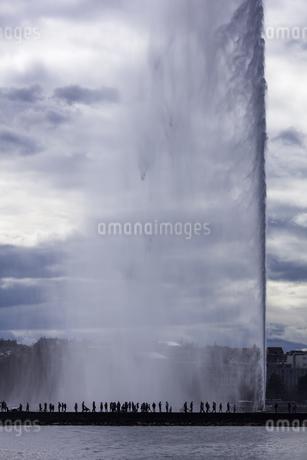 スイス、ジュネーブ大噴水の写真素材 [FYI04115933]