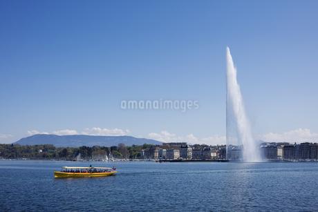 スイス、ジュネーブ、レマン湖と大噴水の写真素材 [FYI04115999]