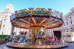 ローマの回転木馬、カルーセル、メリーゴーランドの写真素材 [FYI04116423]