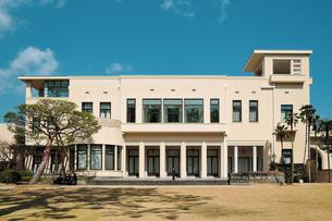 旧朝香宮邸を利用した東京都庭園美術館の写真素材 [FYI04117727]