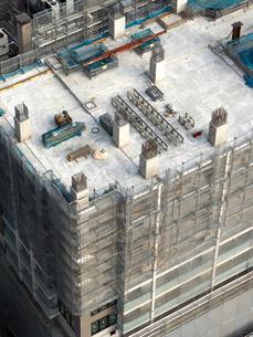 建設中の高層ビルの写真素材 [FYI04119263]