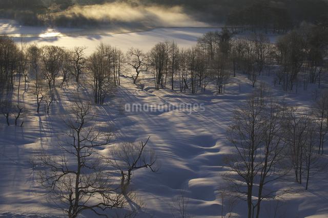 小野川湖の朝の写真素材 [FYI04120283]