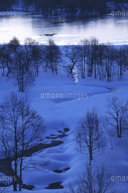小野川湖の朝の写真素材 [FYI04120325]