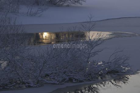 小野川湖の朝の写真素材 [FYI04120328]