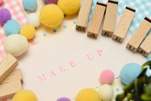 makeup アルファベットスタンプをならべて単語にした素材の写真素材 [FYI04120657]