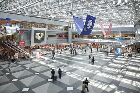 新千歳空港ロビーの写真素材 [FYI04120752]
