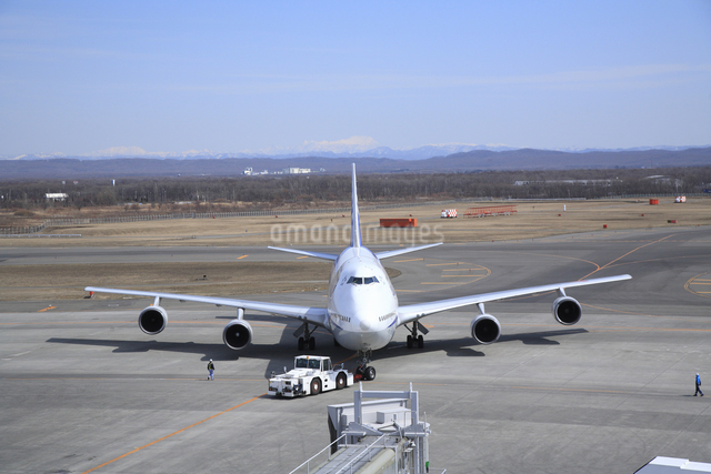 旅客機の写真素材 [FYI04120818]