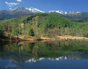 まいめ池と乗鞍岳の写真素材 [FYI04120965]