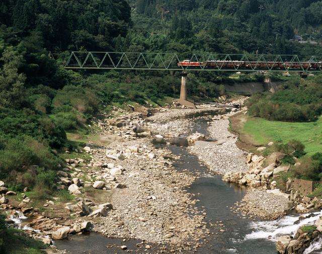 トロッコ列車の写真素材 [FYI04121409]