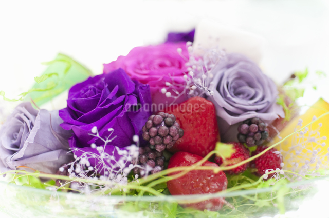 お花のケーキの写真素材 [FYI04124505]