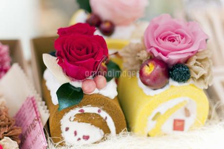 お花のケーキの写真素材 [FYI04124508]