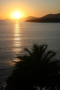リオ州の夏の海の夜明けの写真素材 [FYI04128231]