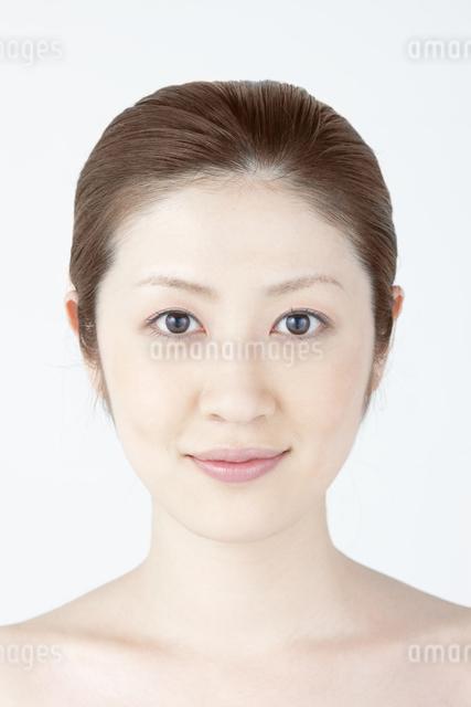 女性ポートレートの写真素材 [FYI04128329]