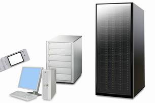 パソコンとサーバーの写真素材 [FYI04130203]