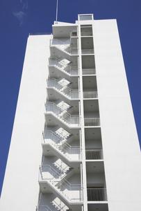 マンションの階段の写真素材 [FYI04132064]