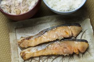 鮭の西京焼の写真素材 [FYI04135186]