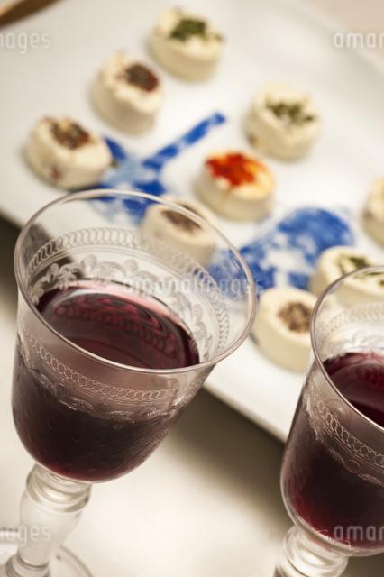 ワインとチーズの写真素材 [FYI04135268]