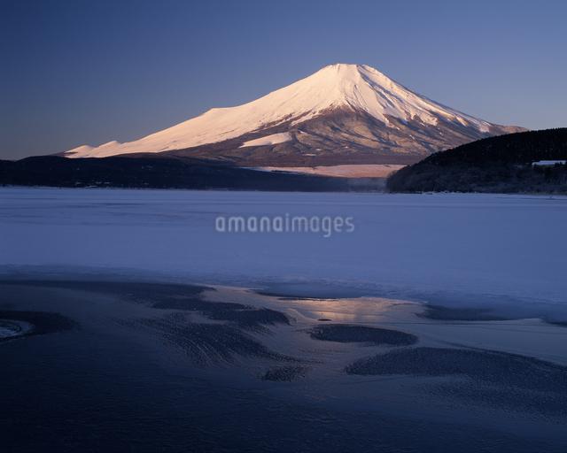 富士山の写真素材 [FYI04135933]