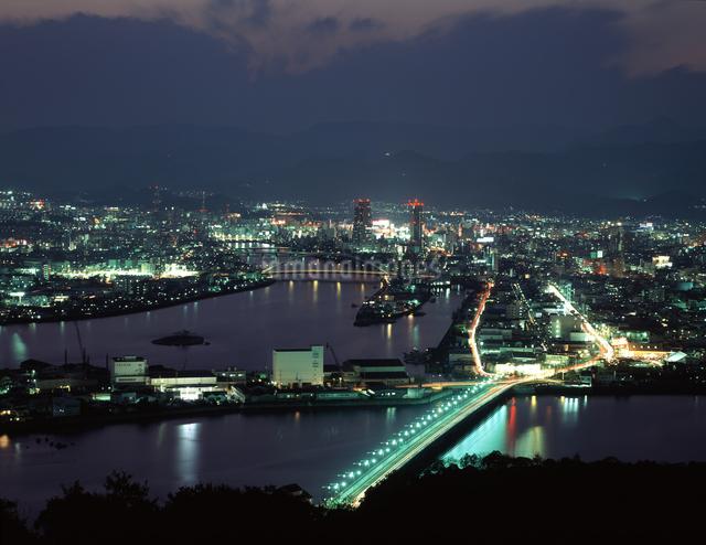 高知市街 夕景の写真素材 [FYI04136108]