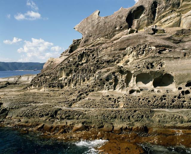 見残しの奇岩の写真素材 [FYI04136141]